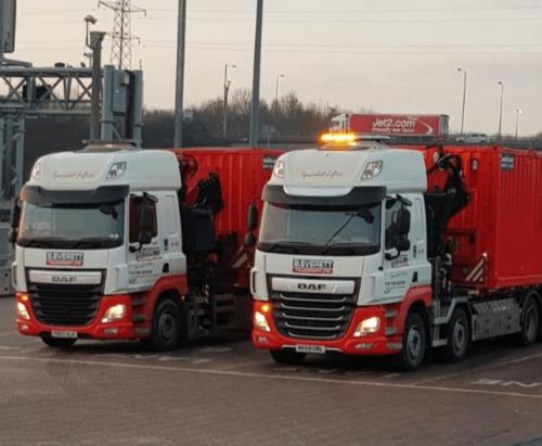 B Everett Transport Ltd Tel: 01708 864 540 Looking HIAB Lorry Hire in Essex? Call for professional HIAB Crane Hire Services in Essex.