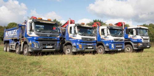 Muck Away? Our grab lorries can carry up to 16 tonnes of muck and we work throughout Redhill and Surrey.